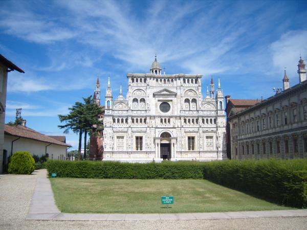 Pavia-:-La-Certosa.jpg